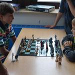 Die Schachgiganten Darth Michael gegen Obi Wan Frederick.