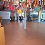 Die Aula nach der Schülerbefreiung.