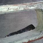 sehr glatte Oberfläche sieht nur so ranzig durch dunkle Schuhcreme aus