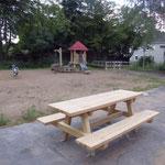 Foto W.D. die neuen Picknick Tische