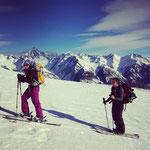 Aufstieg mit ständigem Begleiter - dem Bietschhorn