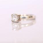 Ring Weissgold mit Diamant