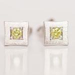 Ohrstecker gescratched mit gelben Diamanten