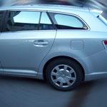 Toyota Avensis Kombi mit Quantum Hybrid Q14