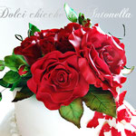 Red roses realizzate a mano
