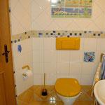 """WC mit Fliesenserie """"Asterix"""" von Villeroy & Boch"""