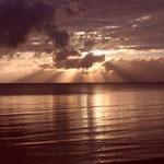 um ca 6:00 Uhr Sonnenaufgang am Sonntag in der früh