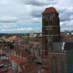 von der Marienkirche sollte man schon einen Blick über Danzig werfen...auch wenn es 409 Stufen sind