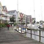 Greifswald befindet sich am Mecklenburg- vorpommerischen Festland zwischen...der Insel Rügen und Usedom.