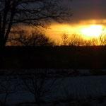 auf dem Weg zu den Enkelkindern am 07.12. um 8:35 plumst die Sonne aus den Wolken