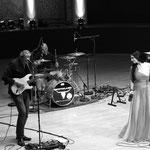 Djane Sängerin Helen Hochzeitssängerin Partyband Liveband Hochzeitsband Hochzeit Musik Zürich Basel Bern Luzern und der Schweiz