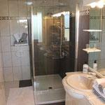 Neues Bad mit Walk-in Dusche, 2013