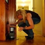 Den besten Kaffe auf Tour kocht man immer noch selbst! Bernd mit Kaffeemaschine im Leipziger Haus Auensee.