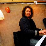 Martin Becker im Proberaum der Band.