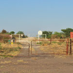 ... den wir am Ende des Tages (700km) an der geschlossenen Grenze zu Namibia verlieren.