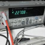 ディジタルマルチメータによる温度データの確認