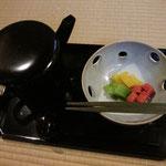 香物・沢庵、瓜、赤蕪 塩月宗芯師造 水玉透鉢