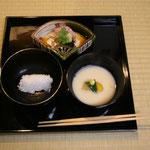 向・鯛昆布〆、汁・柿 鶴菜