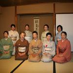 五藤宗紫先生を囲んで、参加者の皆さん