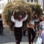 Autrefois le Couserans - Les porteurs de foin