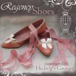 Customizing: überarbeitetes Schuhpaar für ein Regency- Gewand