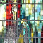 """Glasfenster """"Kreuzigung"""", entworfen von Paul Monnier"""