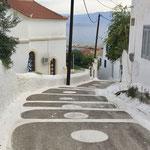 Weg zum Dorf über die Agios Nikolaos
