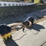 Straßenbeleuchtung bei Baustraße Lechuferverbauung wieder montieren