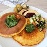 Kurkuma Pancakes mit Bärlauch Pesto