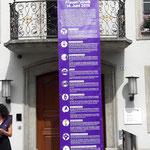Aarau - vor dem Stadthaus wird das Frauenmanifest vorgelesen