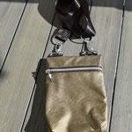 FLUGI handliche Reisetasche aus weichem Kunstleder