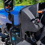 ecopard Traktor mit übersichtlichen Funktionen und ebenen Plattformboden