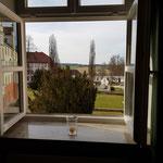 Ausblick vom Seminarraum in die Hallertau