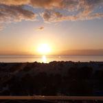 die Sonne läutet den nächsten Tag ein