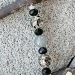 Schwemmholz Treibholz Girlande Windspiel Fensterdeko Türdeko Black Heart mit silbernen Acrylperlen, grauen & durchsichtigschwarzen Glasperlen, schwarzen Acrylperlen Metallherz