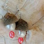 Ohrringe Ohrhänger Natur Asmodia mit Eichel Hütchen und Zuchtperlen in weiss und pinkrosa, nickelfrei
