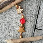Weihnachtsdeko Weihnachts Advents Girlande Lucky Angel mit Engelsanhänger, goldenen Sternenperlen mit rotem Muster, roten Glasperlen & goldenen Acrylperlen, Eichelhütchen