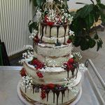 Hochzeitstorte 245