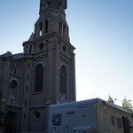 Hier soir, bivouac sur le parking de l'église à Los Andes au Chilli !