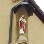 Christus Salvator; Hausfigur an einem Anwesen am Kirchberg