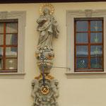 Maria Immaculata am ehemaligen Gasthaus zum Hirschen