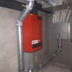 Hoval Fr301 Lüftungsanlage und Verteilung im Keller montiert.