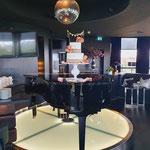 WeddingCake with pink Roses and Jute, Ward en Anne, Bruidstaart Den Bosch, lokatie Van de Valk Uden-Veghel