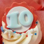 Luke 10 jaar in dienst Dobotex, CupCakes Den Bosch