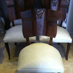 chaise art déco aprés tissu enduit