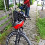 Die Fahrräder werden startklar gemacht