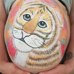 Tiger Bellypainting