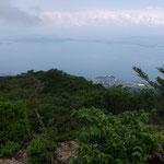 鳥谷山から麓を望む