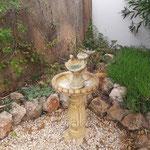 Vogelbrunnen, wo  man manchmal die Vögel beim trinken beobachten kann