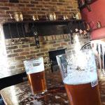 und prima Pubs mit echtem Ale.....was man nicht so alles vermissen kann....